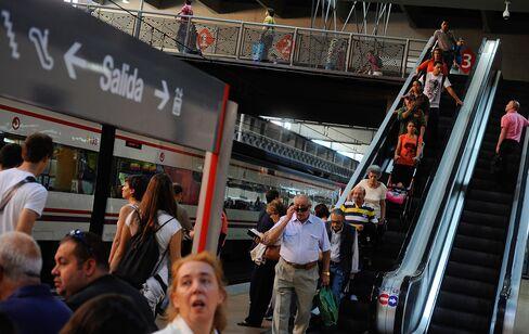 Spanish Economy Stagnates in Third Quarter, Bank of Spain