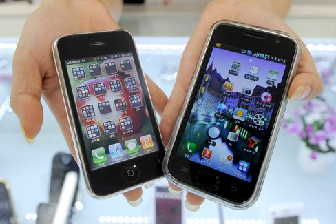 Apple Files Patent Suit Against Samsung Electronics in Seoul