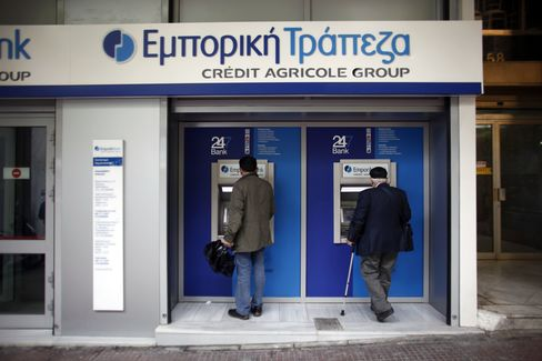 Greek Bank Deposit Outflows Said to Have Risen Before Elections