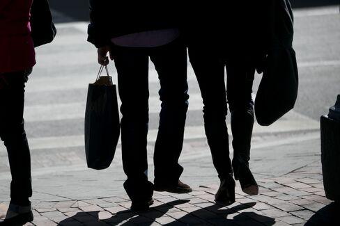 Consumer Comfort in U.S. Reaches Five-Year High as Finances Heal