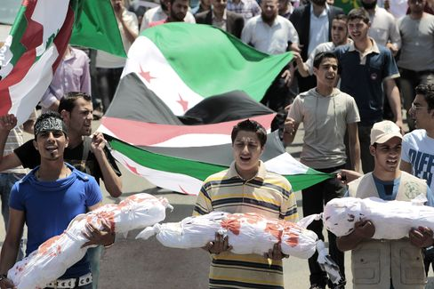Syria Massacre Stokes UN Debate on Sanctions, More Observers