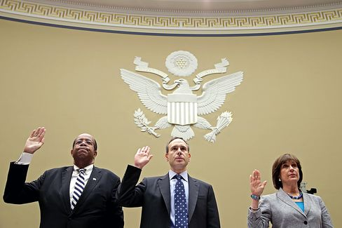 IRS Official Lerner Refuses to Testify, Says She Broke No Laws