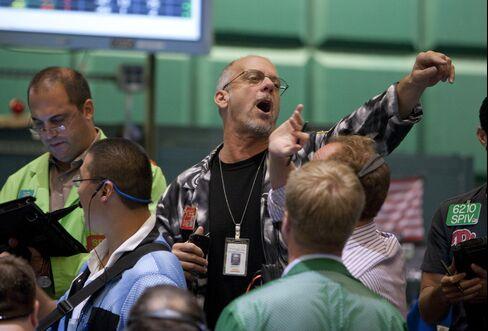 Oil Enters Bear Market on Europe Debt Crisis, Slow U.S. Economy