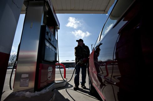 Gasoline Pump Prices Soaring on Refinery Repairs