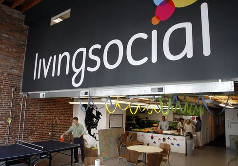 LivingSocial Is Said to Discuss $1 Billion Initial Share