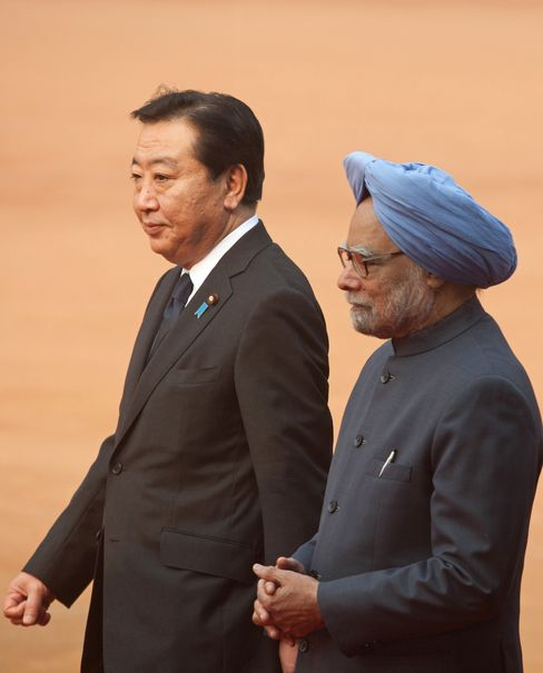 Japan, India Seal $15 Billion Currency Deal