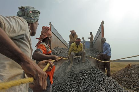 India Losing Iron Ore Market as Courts Shut Mines