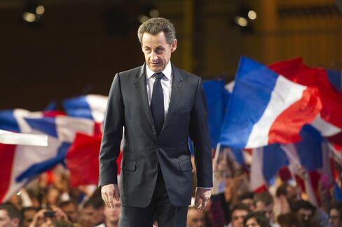 Sarkozy Narrows Gap With Hollande as Campaign Starts, Poll