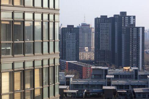 China Said to Warn Banks on Property, Local Government Loans