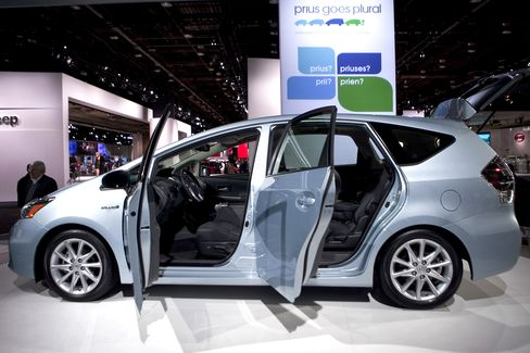 Toyota Prius Wagon Sales in 10 Weeks Top GM Volt Total