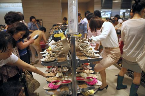 South Korea's Inflation Slows Even as Economy Gaining Momentum