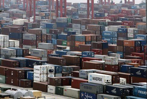 China's March Trade Surplus $5.35 Billion