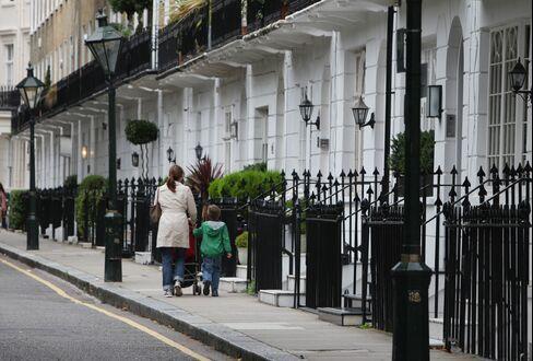 U.K. Hometrack House Prices Jump as London Values Surge