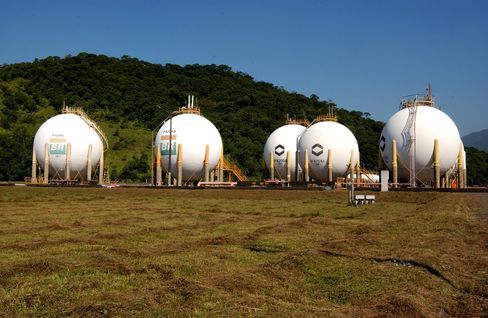 Petrobras Loses From Sale of Cheap Natural Gas