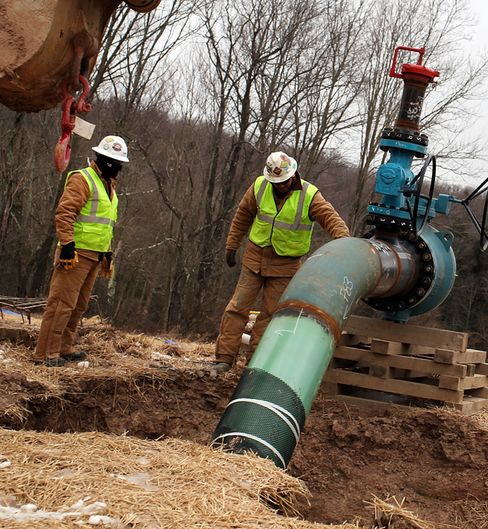 Fracking Rule Seen Costing More Than Obama's Agency Estimated