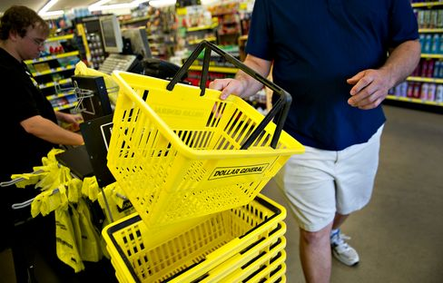 U.S. Consumer Prices Probably Fell for First Time in Two Years