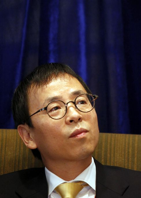 China Needs to Increase Deposit Rates to 12-Year High