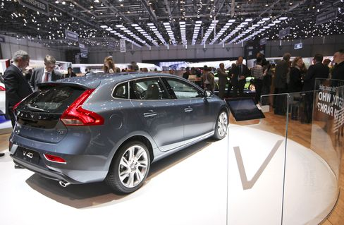 Volvo Pedestrian Airbag Seen Inflating Global Deliveries