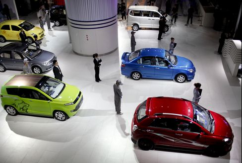Chinese Carmakers Surge on Official Vehicle List