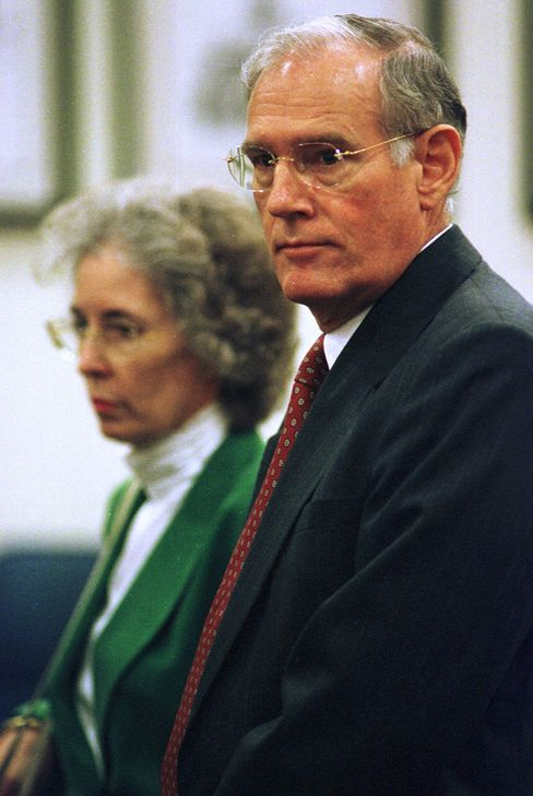 In this Oct. 2, 2000 photo,  E. Pierce Marshall, son of the late J. Howard Marshall II, waits with his wife, Elaine, for the start of a trial involving Anna Nicole Smith in Houston. Source: AP Photo/Steve Ueckert