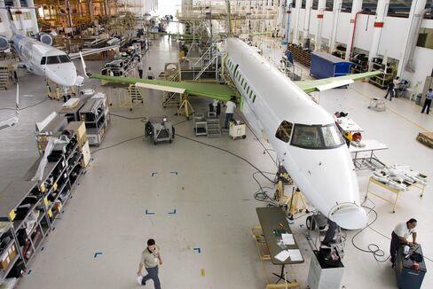 Florida Brightens as Engineer Flees Beer Truck for Embraer