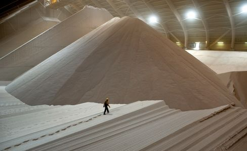 K+S Pursues Mine Project as Sees Potash Price as Speculation