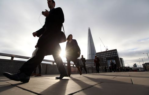 U.K. Financial Firms Seen Hiring 4,000 in First Half on Sales