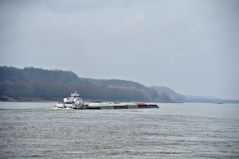 MEG Avoids Discounting Oil With Rail-Ship Plan