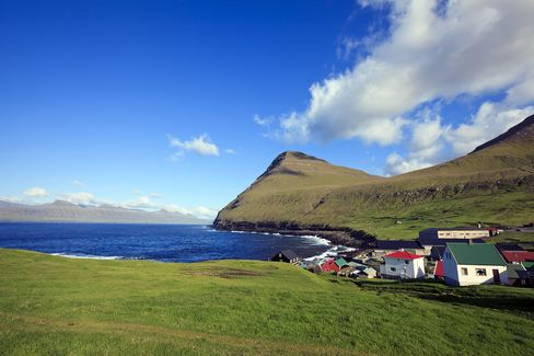Faroes' 50,000 Residents Leap Into DNA Testing Ethical Quagmire