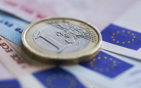 Euro Weakens Amid Greece Election Concern