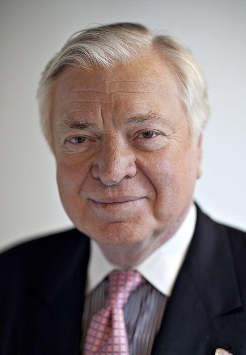 Universal Health CEO Alan Miller