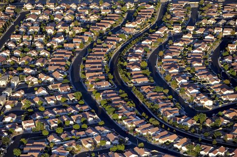 Rows of Houses Stand in Las Vegas