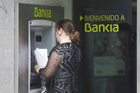 Bankia's Customers May Get Spanish Cash to Cover Losses on Bonds