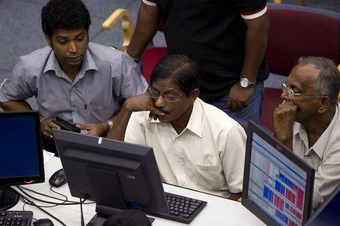 Sri Lanka Exchange Considers Stock Float Rule to Lure Investors