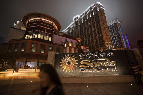Sands China Profit Jumps 52% Aided by New Macau Casino Resort