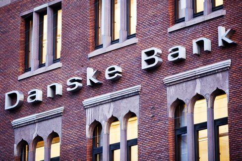 Danske Profit Rose 27% Last Quarter as Costs Fell, Income Gained