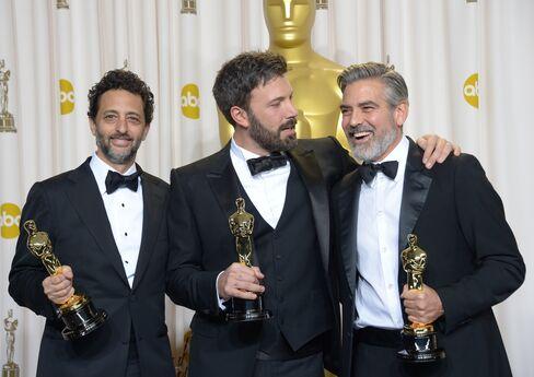 'Argo' Wins Best Picture Oscar as 'Zero Dark Thirty' Is Shunned