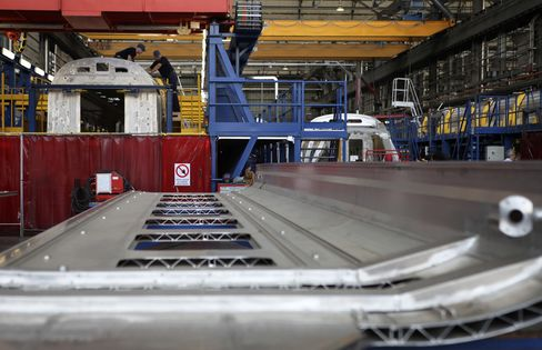 Euro-Area Manufacturing Grows More Than Initially Estimated