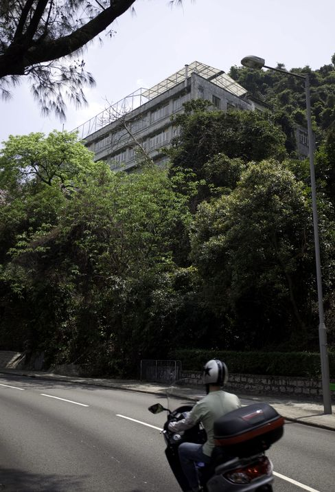 Hong Kong Government Sells Stubbs Road Site for HK$4.49 Bln