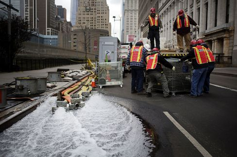 Billions on Flood Barriers Now Might Save New York City Later