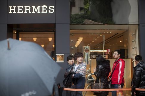 Hermes Operating Profit Rises 22% as China Demand Boosts Asia