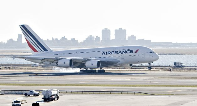 France airbus a380 crash images for A380 air france interieur