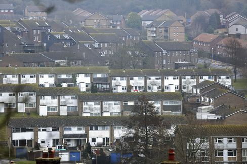 U.K. House Prices Rise to Record as Rightmove Doubles Forecast