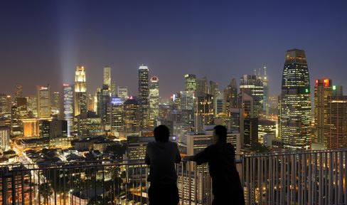 The central business district skyline in Singapore. Photographer: Munshi Ahmed/Bloomberg