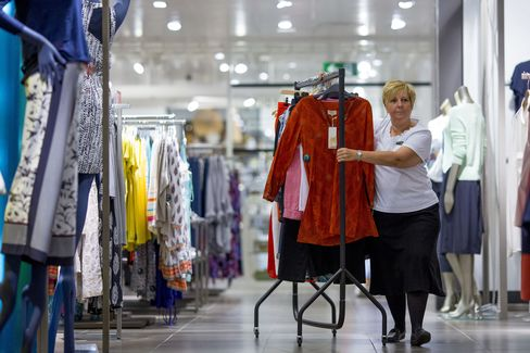 U.K. Retail Sales Rise Less Than Forecast on Drop in Clothing