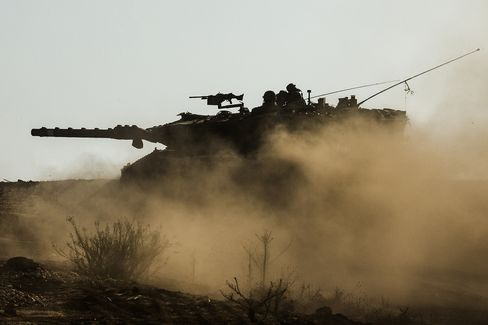 Hamas Taunts Israel to Take Shot as Early Truce Seen Unlikely