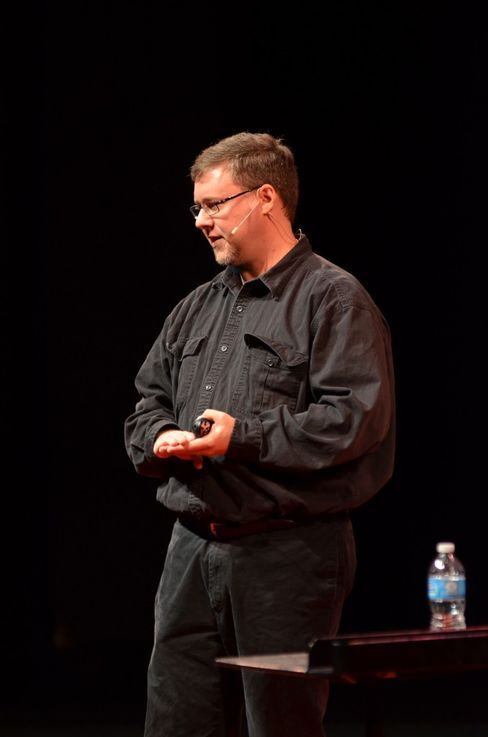 Garzik delivering a TEDx Talk.
