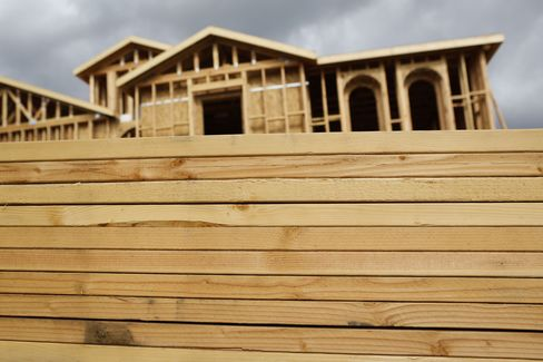 Lumber Surges to Highest Since April 2005 as Home Prices Climb