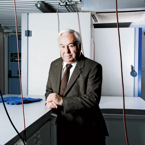 Dr. David Barker, photographed at the MRC Lifecourse Epidemiology Unit, University of Southampton. Photographer:Tom Stockill/Bloomberg Markets via Bloomberg