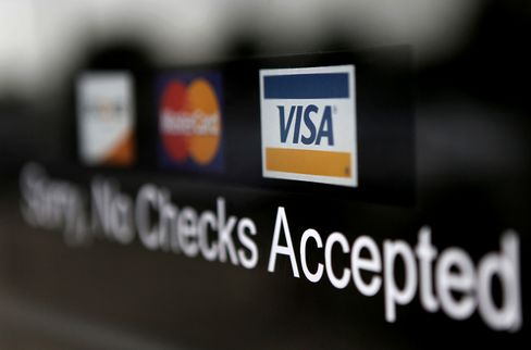 Visa, MasterCard Pass on Chance to Drop Fee Accord, CEO Says